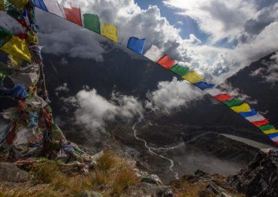 Gebetsfahnen über dem Langtang